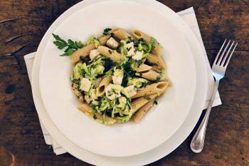 Pasta integrale con pesce spada e zucchine